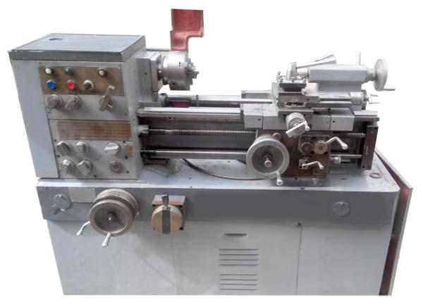 16Б05А Общий вид токарно-винторезного станка