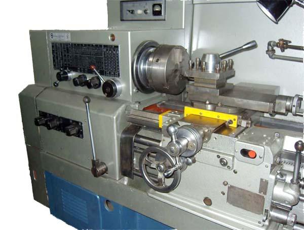 16К20М Станок токарно-винторезный. Общий вид