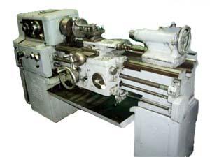 1М61 универсальный токарно-винторезный станок