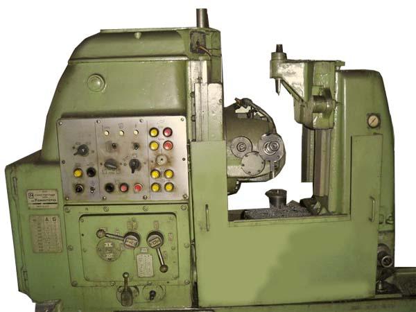 5К310 полуавтомат зубофрезерный. Общий вид