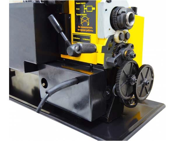Корвет-400 Общий вид токарно-винторезного станка