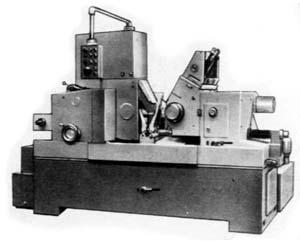 3М184 общий вид универсального круглошлифовального станка с горизонтальным шпинделем