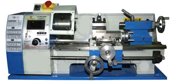 TL-180 Общий вид токарного станка